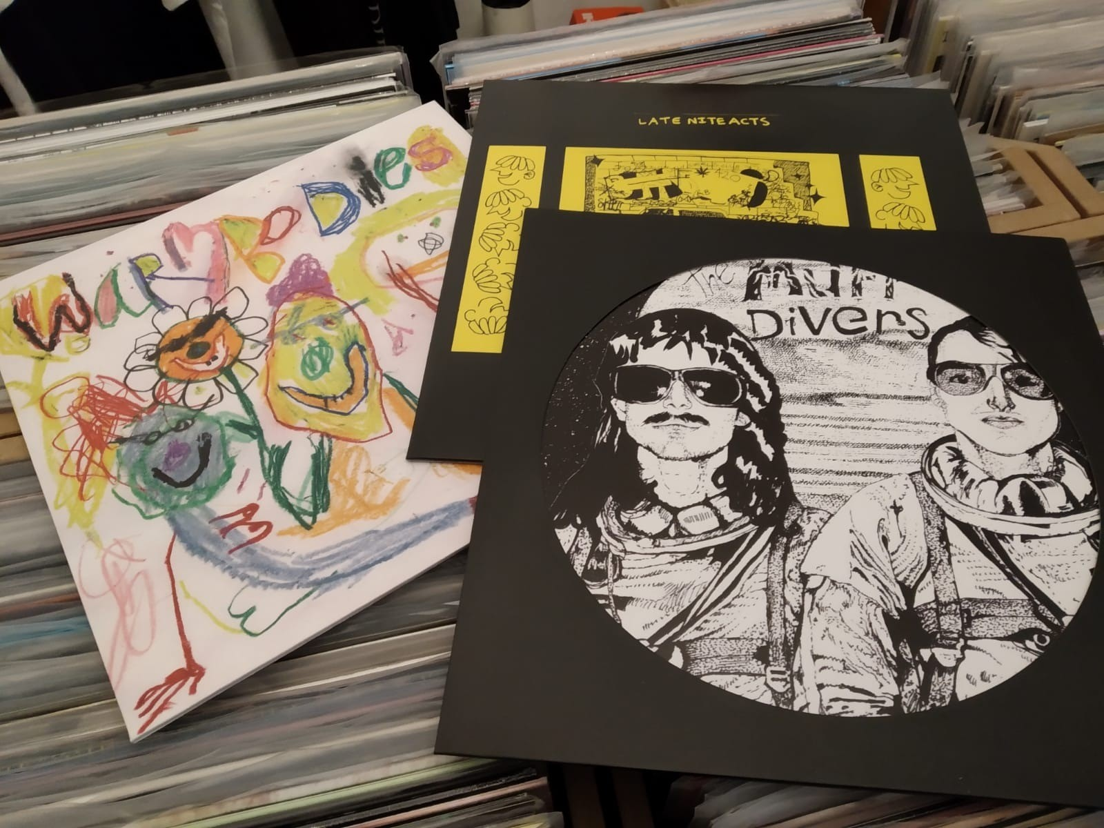 Bundle 2 - Muff Divers + Warm Bodies + Beta Boys LP