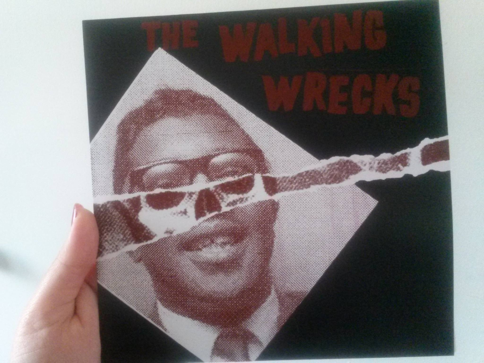 The Walking Wrecks -s/t 7""